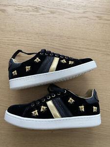 Serafini J Connors Black Velvet Bees Womens Trainers Sneakers Size 36 NEW