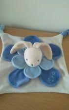 Doudou plat lapin Pétales bleues Nounours