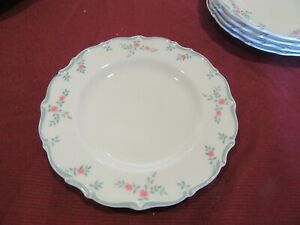Royal Doulton Chatelaine Bread & Butter Plate, Made in England