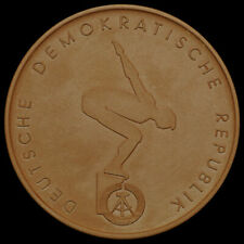 SCHWIMMEN: Porzellan-Medaille. DSSV - DEUTSCHER SCHWIMMSPORT-VERBAND DER DDR.