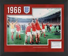 Bobby Moore 1966 England World Cup signed display