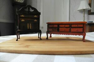 DOLLS' HOUSE SIDEBOARD AND CABINET WITH OPENING DRAWERS WOODEN 1:12 SCALE