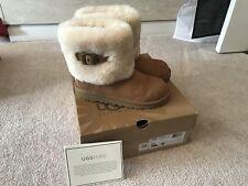 UGG Ellee Genuine Sheepskin Lined Boots Kids Size 4 Or Women 6