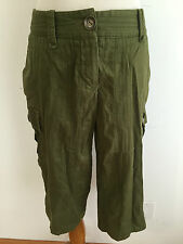TRINA TURK Cargo Capri Pants Shorts Olive w/ Roll-Up Cuffs Size 2