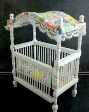 KM/_ 1:12 Doll House Miniature Wooden Crib Baby Cradle Model Furniture Accessor