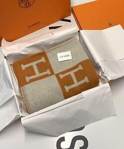 Hermes Avalon III Ecru Potiron Orange Throw Blanket - Sold Out Worldwide