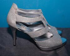 Fioni Women's Layla Front-Zip Heel, Silver, size 13