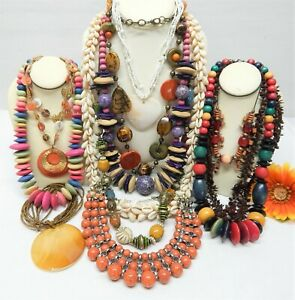 BOHO STYLE FASHION / COSTUME JEWELRY NECKLACE LOT - VINTAGE TO NOW JEWELRY