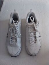 NIKE SHOES MEN'S CROSS TRAINING SIZE 9 WHITE WITH BLACK ACCENT