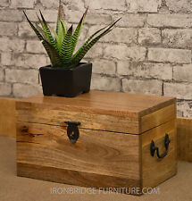 Solid Natural Mango Wood Mantis Wedding Chest Trunk Toy Box Storage Box Ex Small