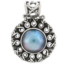 Colliers et pendentifs de perles en argent fin