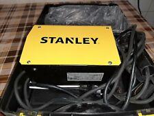Saldatrice Inverter Stanley Star 2500 230V da 80A Completa di Accessori