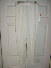Eccobay Size Medium Ladies Short Winter White Elastic Waist Pants (NEW)