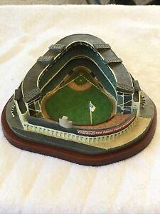 Danbury Mint Old YANKEE STADIUM Replica (1996)   New York Yankees