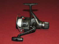 Nice, Shimano FX2000 Medium Spinning Reel, Rear Drag, Works Great
