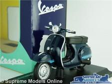 VESPA 125 ET3 PRIMAVERA SCOOTER MOPED MODEL 1976 1:18 SCALE MAISTO BLUE  K8Q
