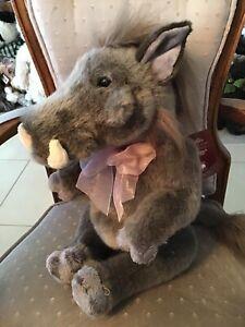 "Windypops Warthog Charlie Bears Bearhouse Bears 2019 Plush 14"""