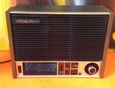 Vintage Toshiba Model: RH-541F  Solid State AM/FM 2-Band Radio (Works)