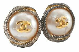 Authentic CHANEL Clip-On Earrings Imitation Pearl Gold Plated CC Logo E1318