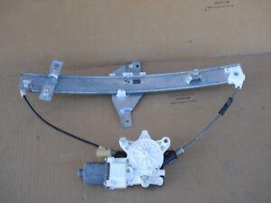 12 CHEVROLET IMPALA FRONT LEFT SIDE DOOR WINDOW REGULATOR MOTOR 0130822260