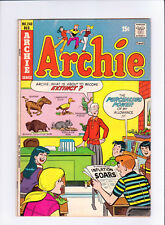 Archie #240 Very Good+(4.5)