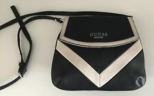 NWOT GUESS SADDLE BAG Black & Ivory Pebble Synthetic Leather with Shoulder Strap