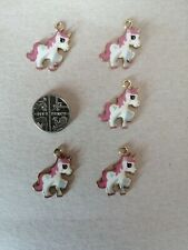 Enamel fushia Unicorn gold tone charms X5.