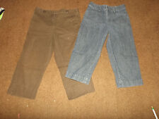 Lot of 2 ladies capris size 4