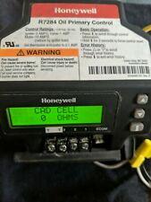 1-(Used) Honeywell R7284 OIL PRIMARY CONTROL W/ DIGITAL DISPLAY( FREE SHIPPING)