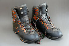 LOWA Camino GTX hiking and trekking boots size 44 (UK 9.5) - lightly used