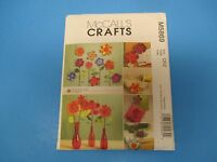 Vintage Sewing Pattern McCall's, M5869 Crafts, Dimensional Flowers, S760