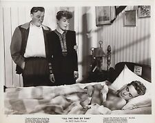 """Robert Mitchum / Dorothy McGuire (US-Pressefoto '46) - """"Till the end of time"""""""