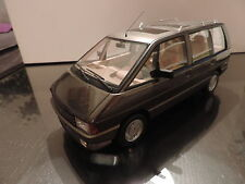 RENAULT ESPACE Ph.1 2000-1 1/18 OTTO OTTOMOBILE OTTOMODELS