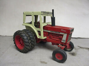 (1972) International Harvester 1466 Toy Tractor, 1/16 Scale, All Original