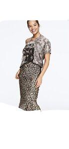 Victorias secret Skirt Leopard NWOT