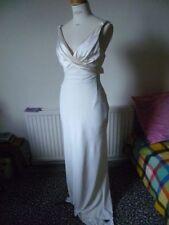 Embroidery Satin Column/Sheath Wedding Dresses