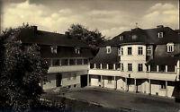 Markneukirchen Vogtland DDR s/w AK 1956 Partie am städtischen Gewerbemuseum Hof