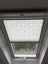 Velux Pleated Window Blind - Code GPU M04