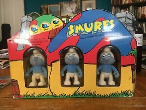 World of Smurfs Box of 3 Flocked Vinyl Figures 2 'Smurfs' and 'Brainy' 1988 NIB