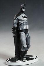 DC Direct BATMAN Black & White Statue Designed Mike Mignola 1st Limited Edition