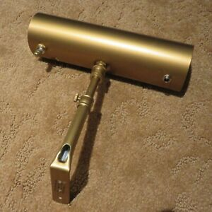 """HOUSE OF TROY RT8-1 BATTERY OPERATED PICTURE LIGHT - 8"""" - GOLD - RECHARGABLE"""