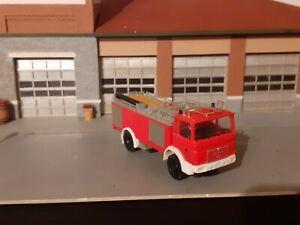 Feuerwehr Berlin MAN Tanklöschfahrzeug 1/87