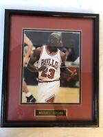 MICHAEL JORDAN   SIGNED Framed PICTURE  CHICAGO BULLS AUTOGRAPH NO COA