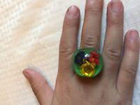 vtg lg Italian Gift~60's designer artisan lucite real flower cocktail ring~Sz7.5