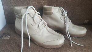 Rohde Ladies  leather ankle boots size 4.5