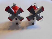 Ohrringe mit weiß rote Windmühle mit grau roten Flügeln aus Kunststoff 4622