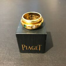 9303 Piaget 18ct Yellow Gold Possession Ring with Diamond & Emerald