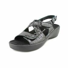 89d9dd4097df Green Sandals and Flip Flops for Women for sale