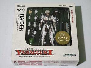 Revoltech Metal Gear Rising Revengence Raiden White AUTHENTIC US Seller FreeShip