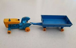 Vintage Lesney Matchbox Series 1-75 No's 39 & 40 1967 Ford Tractor & Hay Trailer